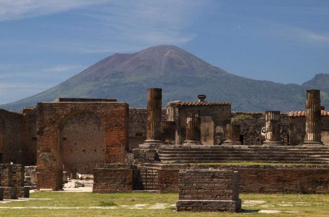 Viagem diurna a Nápoles e Pompéia saindo de Roma