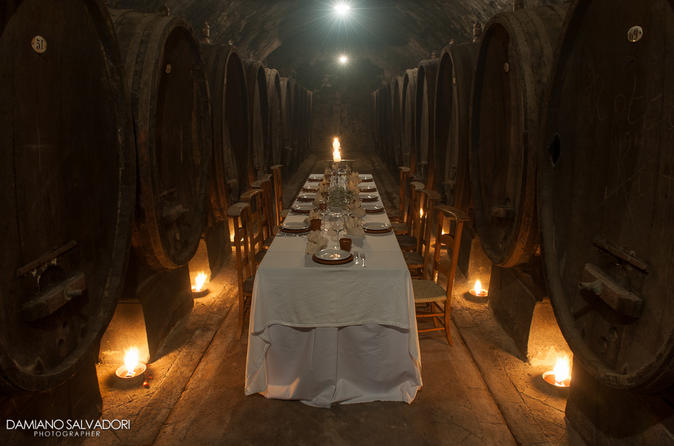 Lunch or dinner in exclusive historic wine cellar in certaldo 268835