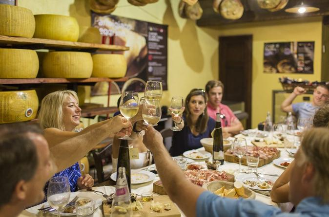 Small-Group Evening Food Stroll - A Trendy And Tasty Roman Walk - Rome