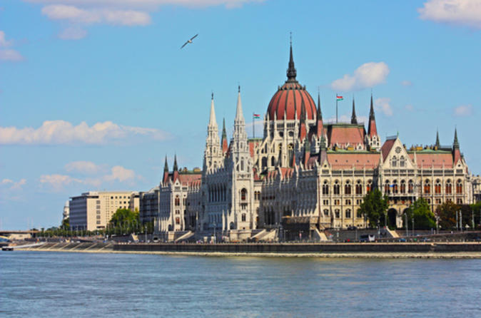 5-Day Sightseeing Tour from Vienna to Budapest