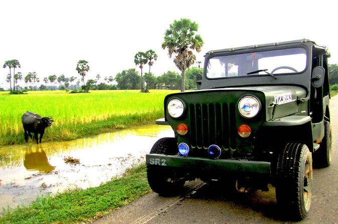 Private Siem Reap Countryside Full-Day Jeep Cycling and Boat Tour