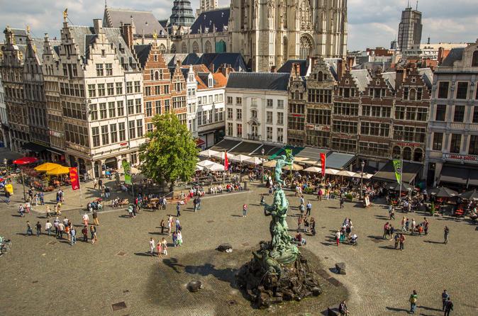 Excursão particular de destaques com duração de 3 horas e histórias não clássicas em Antuérpia