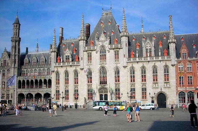 Excursão privada medieval com um guia local em Bruges