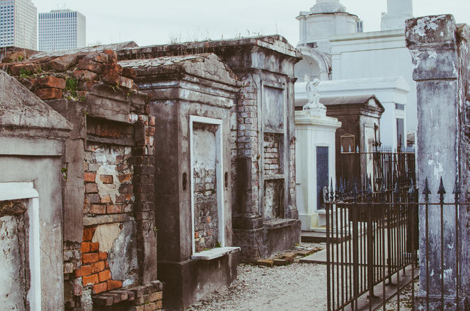 New Orleans History of Voodoo and Cemetery Tour