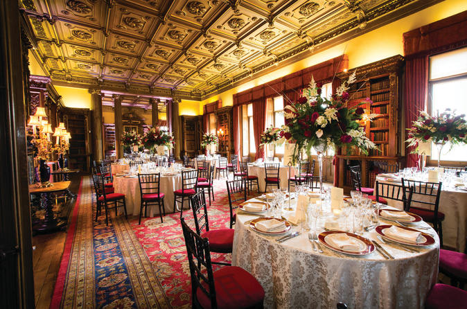 'Downton Abbey' Christmas Experience at Highclere Castle: Dinner, Champagne and Carols