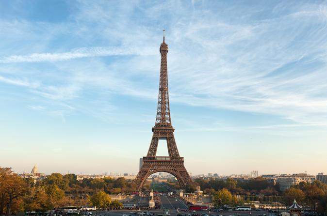 Luxuosa viagem de um dia por Paris com almoço e champanhe na Torre Eiffel