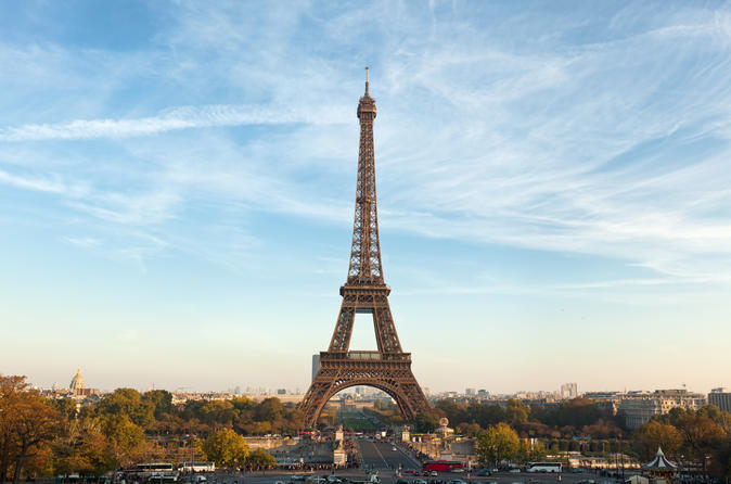 Luxury Paris Day Trip with Champagne Lunch at the Eiffel Tower