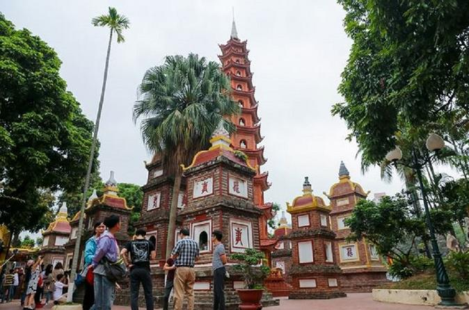 Hanoi city tour half day with Vietnamese luch style