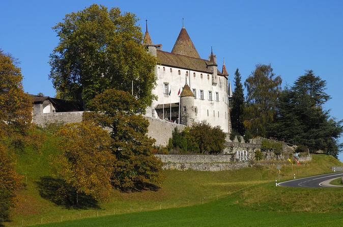 2-Day Switzerland Tour from Zurich to Geneva: Lucerne, Interlaken, Bern and Gruyères