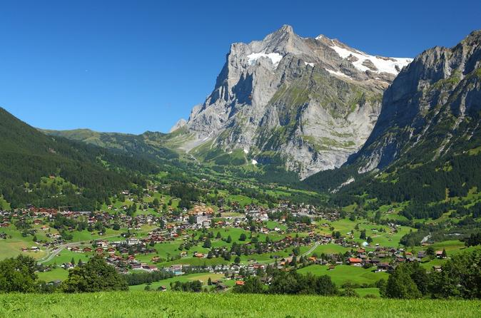 Interlaken and Grindelwald Day Trip from Lucerne