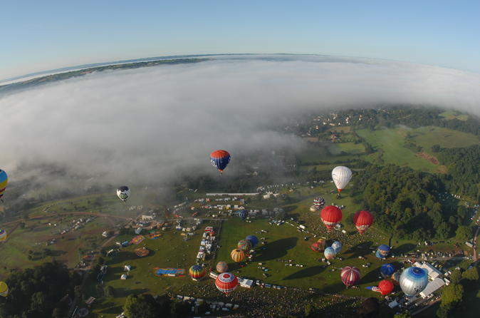 Sunrise hot air balloon flight at the bristol balloon fiesta in bristol 271426