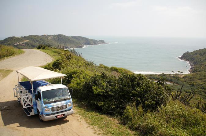 Excursão de bonde de 3 horas para grupos pequenos pela Península de Búzios ao ar livre