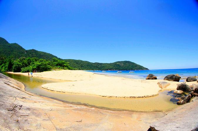 Excursão de dia inteiro ao redor de Ilha Grande e suas praias