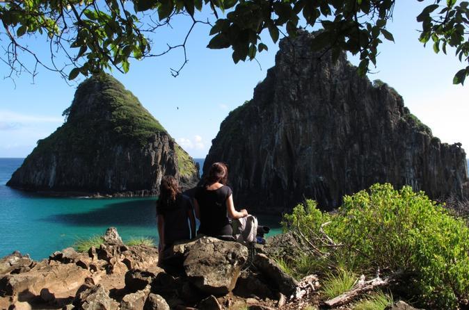 Noronha: a esmeralda da trilha do Atlântico