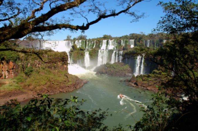 Sightseeing Cruise to Paraguay from Foz do Iguaçu