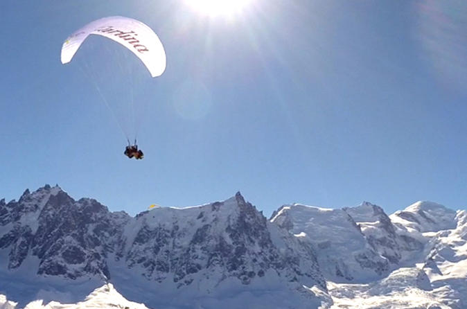 Paragliding experience from aiguille du midi including scenic cable in geneva 487926