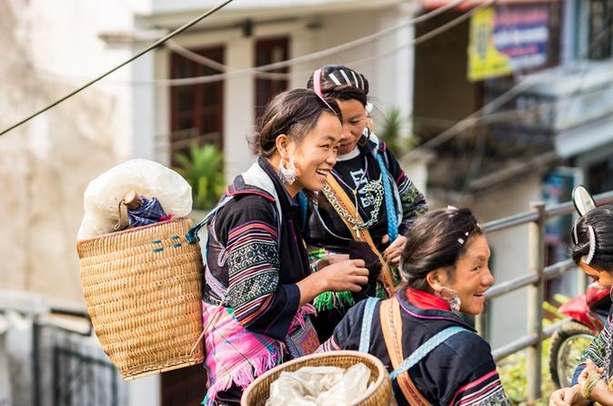 Full-Day Bac Ha Cultural and Market Tour from Sapa