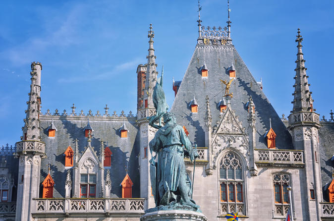 Amsterdam Super Saver: Bruges Day Trip plus Zaanse Schans Windmills, Marken and Volendam Half-Day Trip