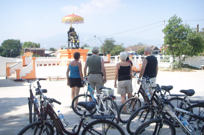 Half day colors of chiang mai biking tour in pa daet 270568