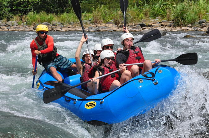 Whitewater rafting on the savegre river from jac in jaco 271381