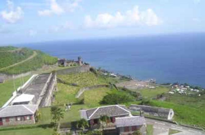 St Kitts Sightseeing Tour to Brimstone Hill Fortress with Beach Visit