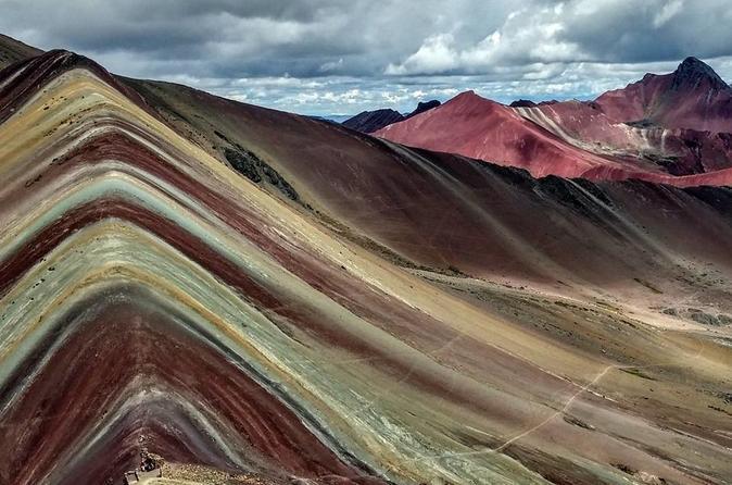 Excursão de dia inteiro à Montanha Arco-Íris saindo de Cusco