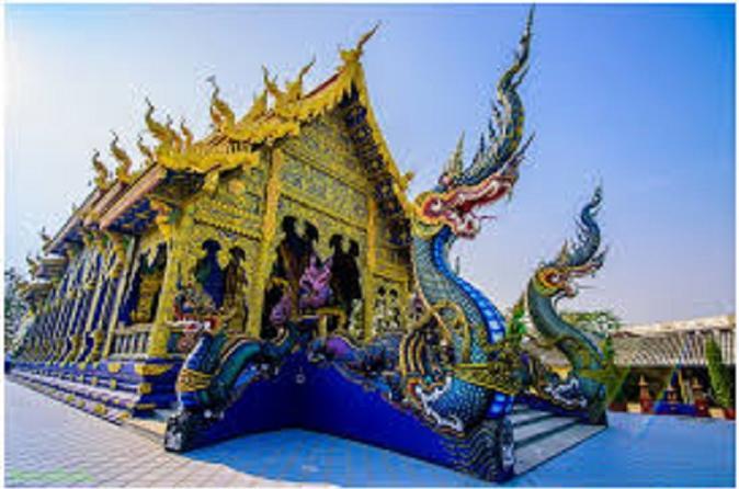 Excursão particular aos Templos Chiang Rai saindo de Chiang Mai com almoço