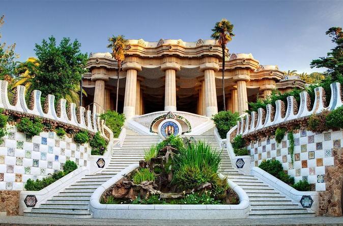 Homey Tour of Sagrada Familia and Park Guell