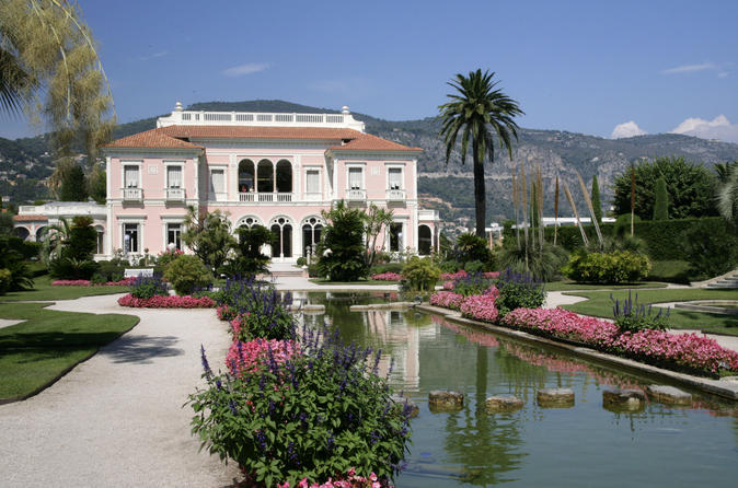Life Of Beatrice Rothschild The Greek Tradition And Perfumes In Eze - Cannes