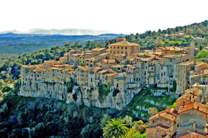 The Wolf Gorge And The Stone Nests Of Provence - Cannes