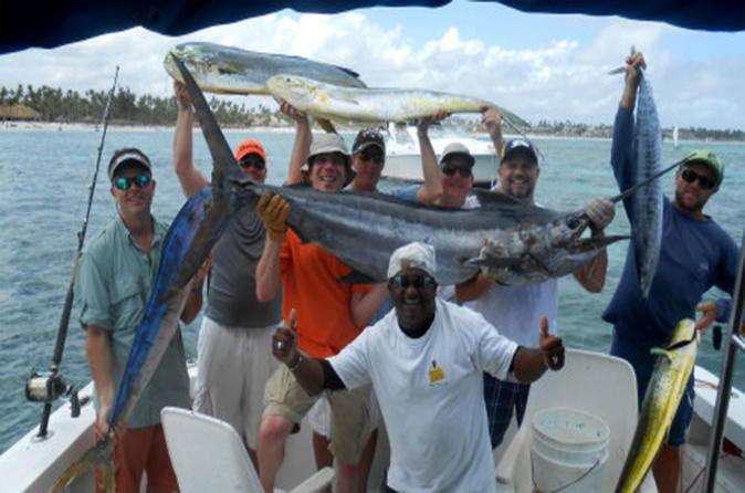 Shared punta cana fishing charter viator for Punta cana fishing