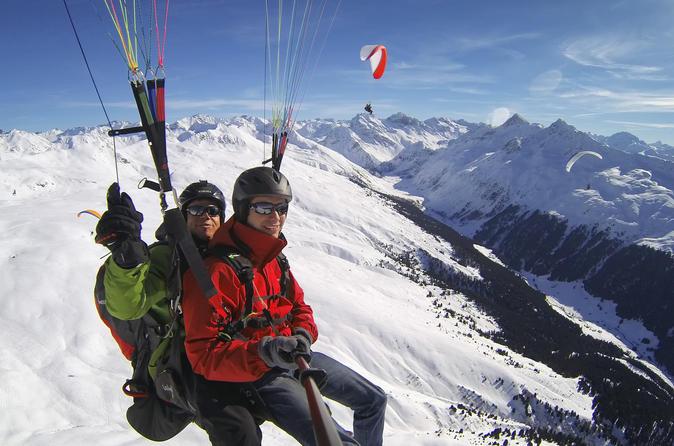 Davos paragliding tandem flight in swiss alps in davos 274584