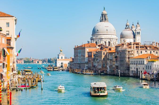 Excursão de barco de 1 hora para grupos pequenos no Grande Canal de Veneza