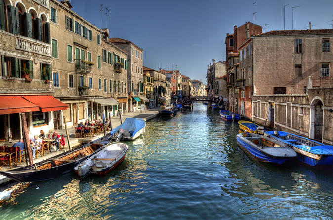 Venice Canal Cruise: Grand Canal and Secret Canals Small Group Tour by Boat