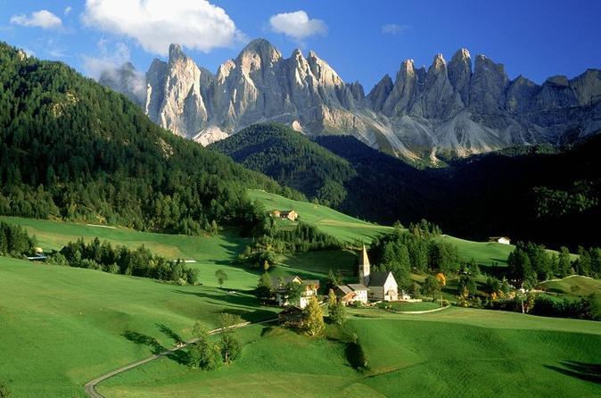 Viagem diurna para grupos pequenos até as Montanhas Dolomitas e Cortina saindo de Veneza