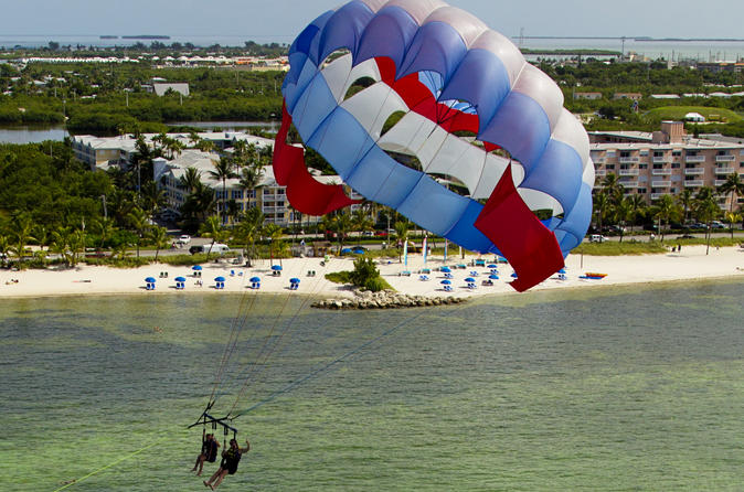 Parasailing Smathers Beach Key West