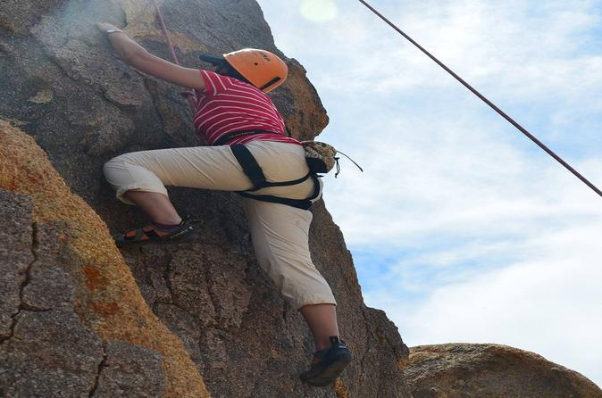 All day rock climbing adventure in joshua tree national park in joshua tree 276749