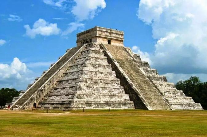 Chichen Itza, Cenote, Valladolid All-Inclusive Tour from Cancun