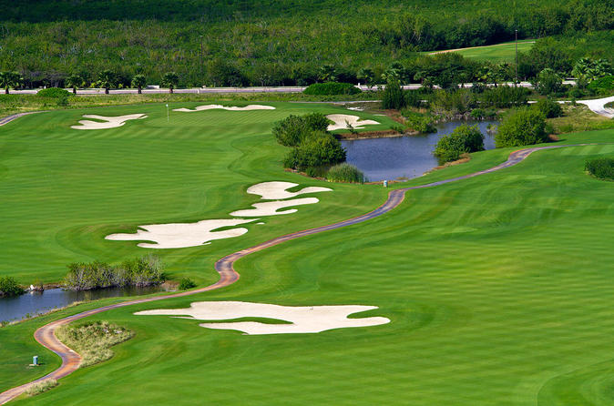 Puerto Cancun Golf Course: Green Fee and 18 Holes