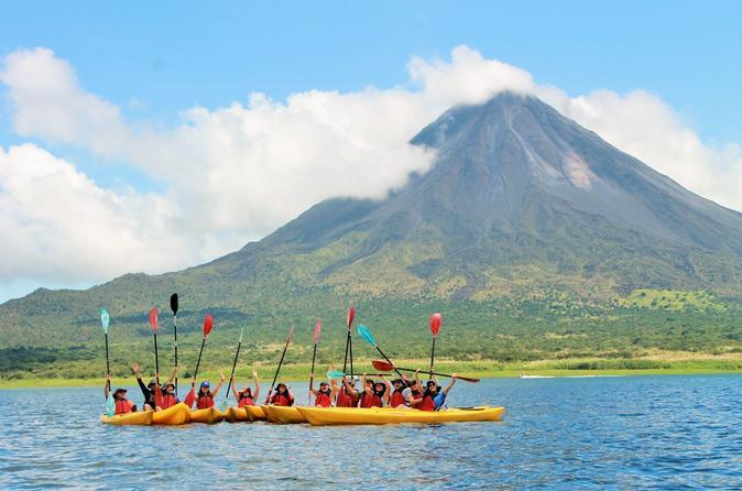 Arenal Volcano Combo 3 Lake Kayaking & Baldi Hot Springs Private Tour