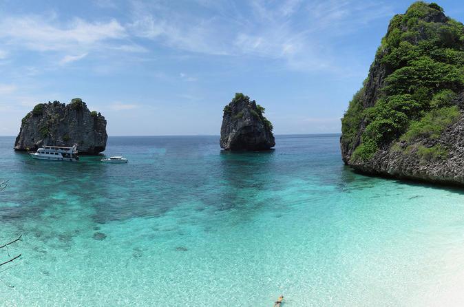 Full day snorkeling trip to koh haa or koh rok from ko lanta in ko lanta yai 289807