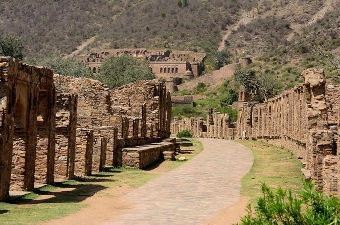 Same Day Tour Of Abhaneri & Bhangarh - Jaipur