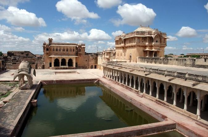 Experience Private Same Day Excursion To Nagaur City Fort with Transportation