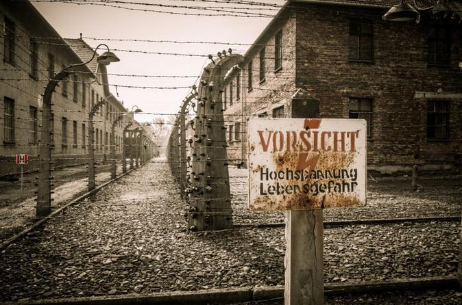 Excursão de 1 dia pela Cracóvia e Auschwitz saindo de Varsóvia