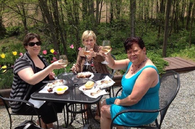Wine tasting at allegro winery in york 278629