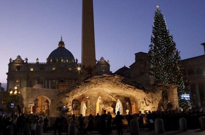 Christmas Eve Vatican Tour and Christmas Mass at San Peters Basilica