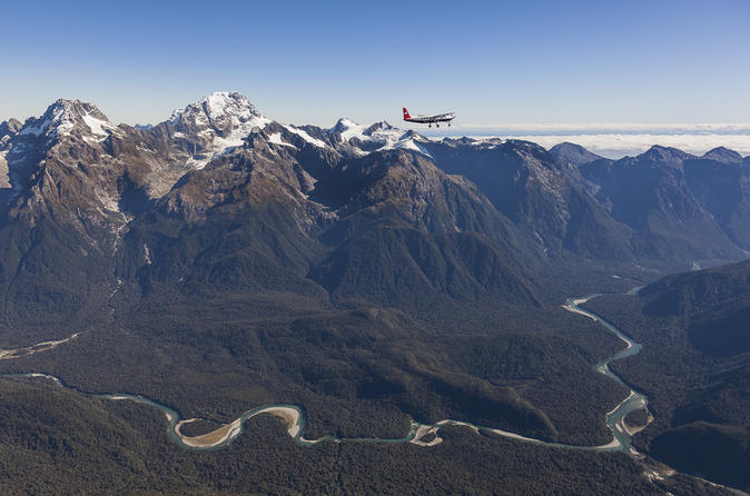Milford Sound Fly, Cruise and Helicopter Tour from Queenstown
