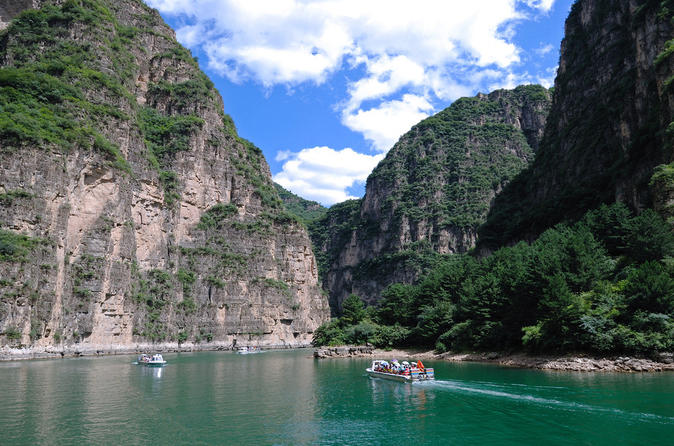 Longqing Gorge & Juyongguan Wall Private Tour with English Speaking Driver