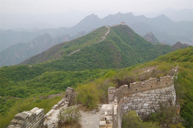 Untouched Huanghuacheng & 3 Different Sections Great Wall one Day Private Tour