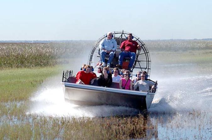 Centro Espacial Kennedy e Safári de barco por Everglades, partindo de Orlando